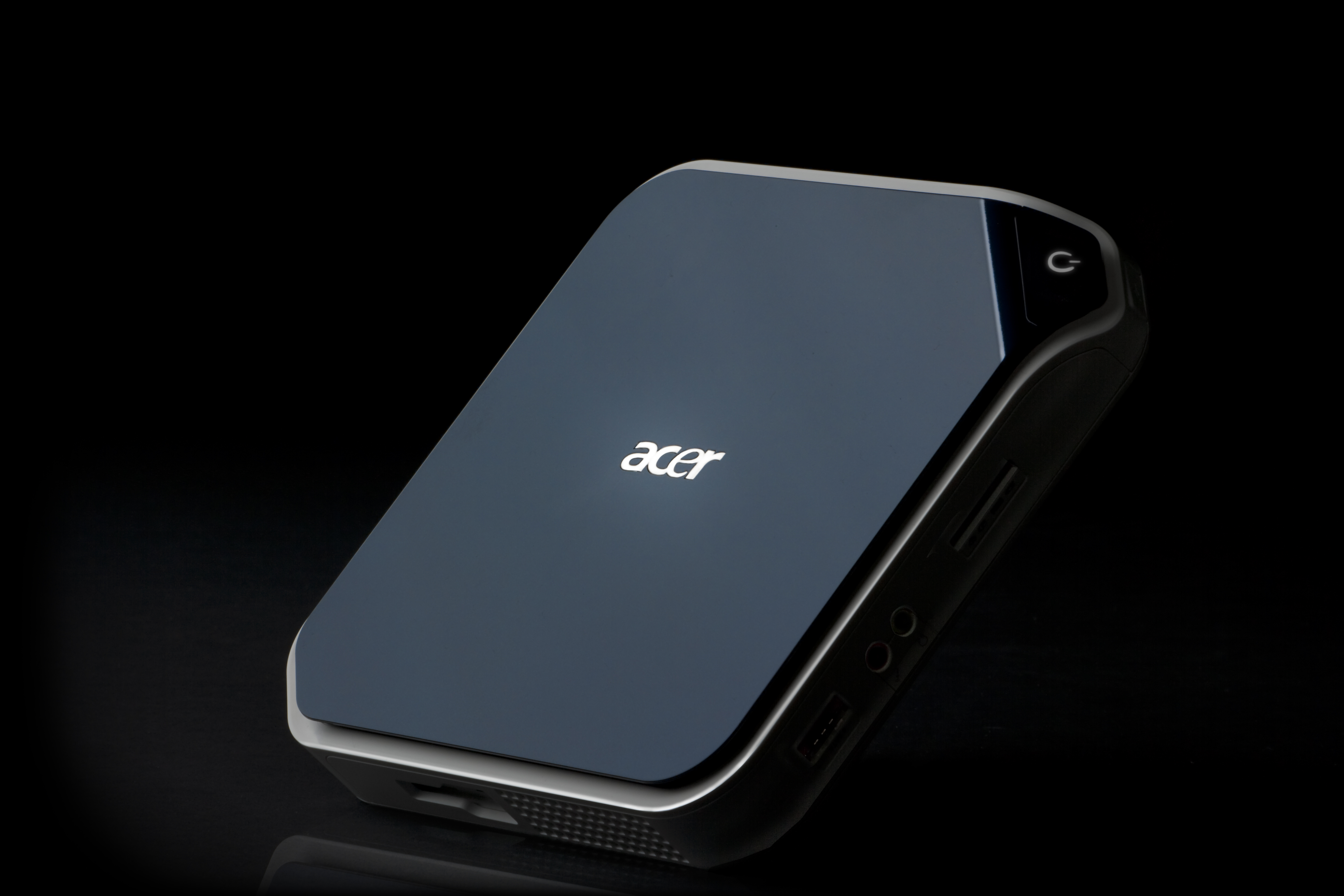 introduction of acer Acer is organized into two main businesses they include the new core  business, which is dedicated to the research, design, marketing, sale, and  support of it.